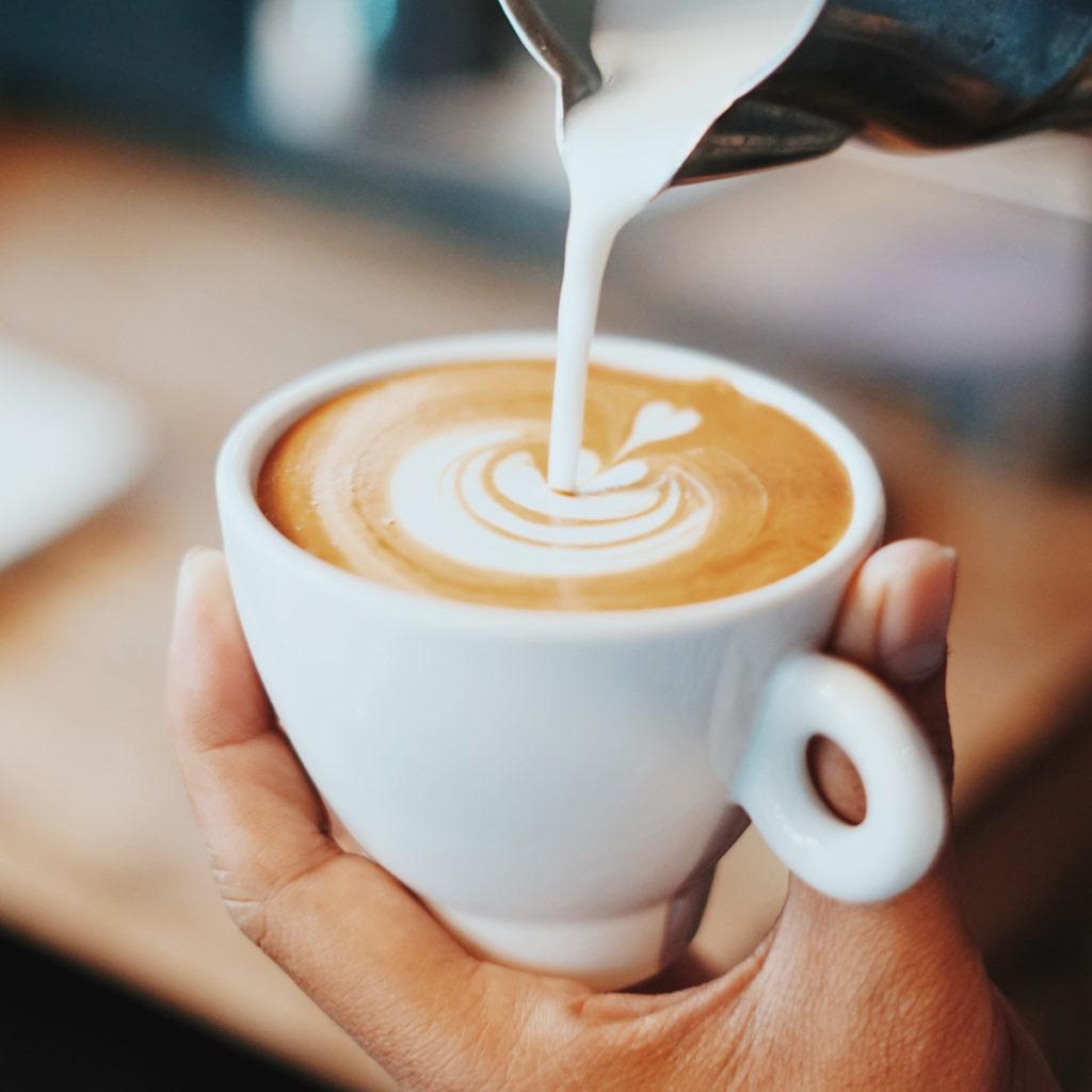 Haciendo un buen café con leche